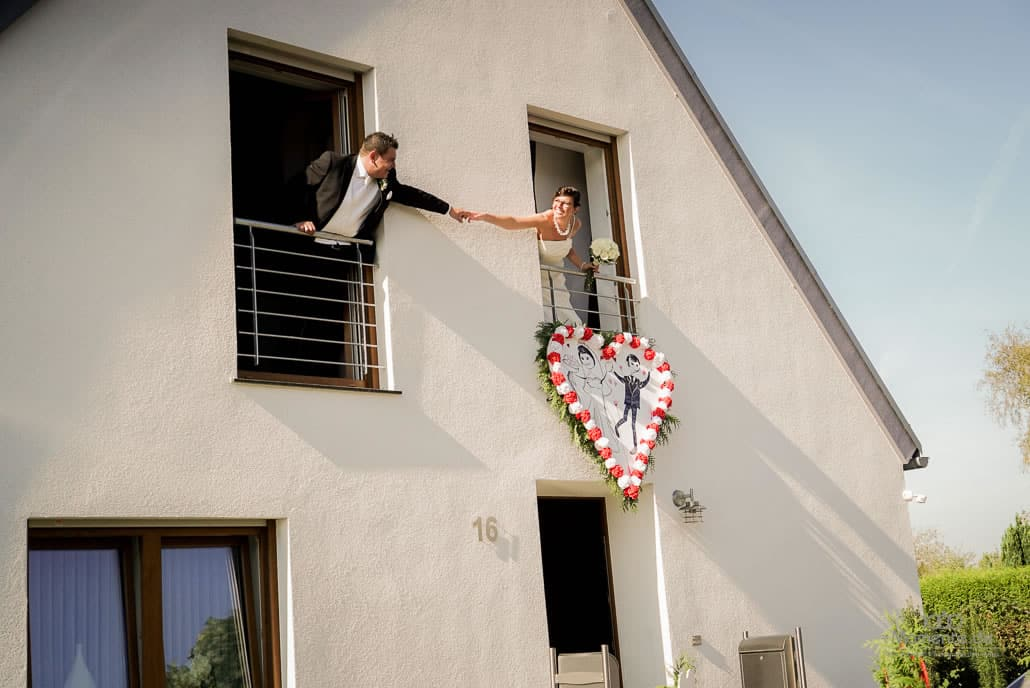 Heiratsantrag und zwei im Glück