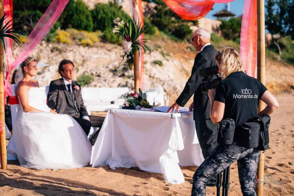 Hochzeitsfilm am Strand