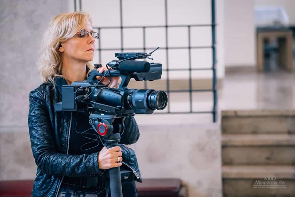 Hochzeitsfilm NRW bei Einsatz in der Kirche