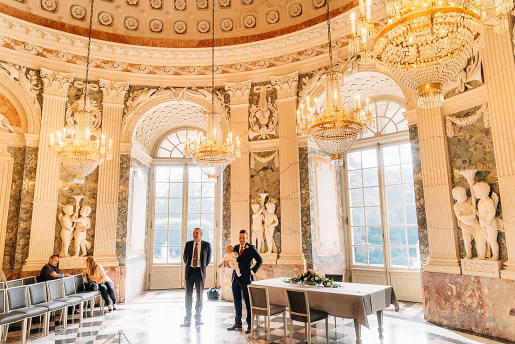 Hochzeitsfotograf Düsseldorf im Schloss Benrath