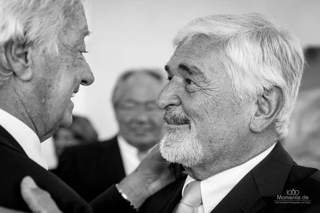 Hochzeitsfotograf Wuppertal Glückwünsche von den Hochzeitsgästen