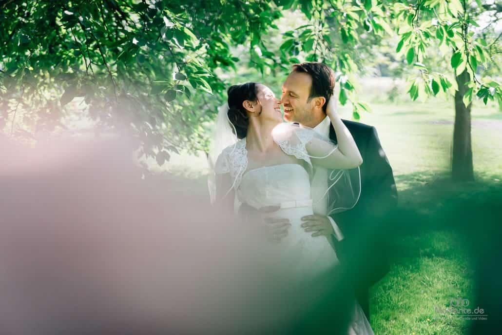 Hochzeitsfotograf Krefeld beim Paarshooting