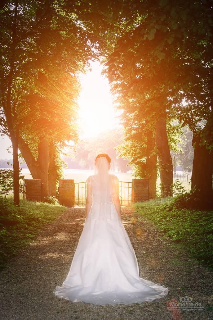 Hochzeitsfotograf Krefeld beim Brautshooting